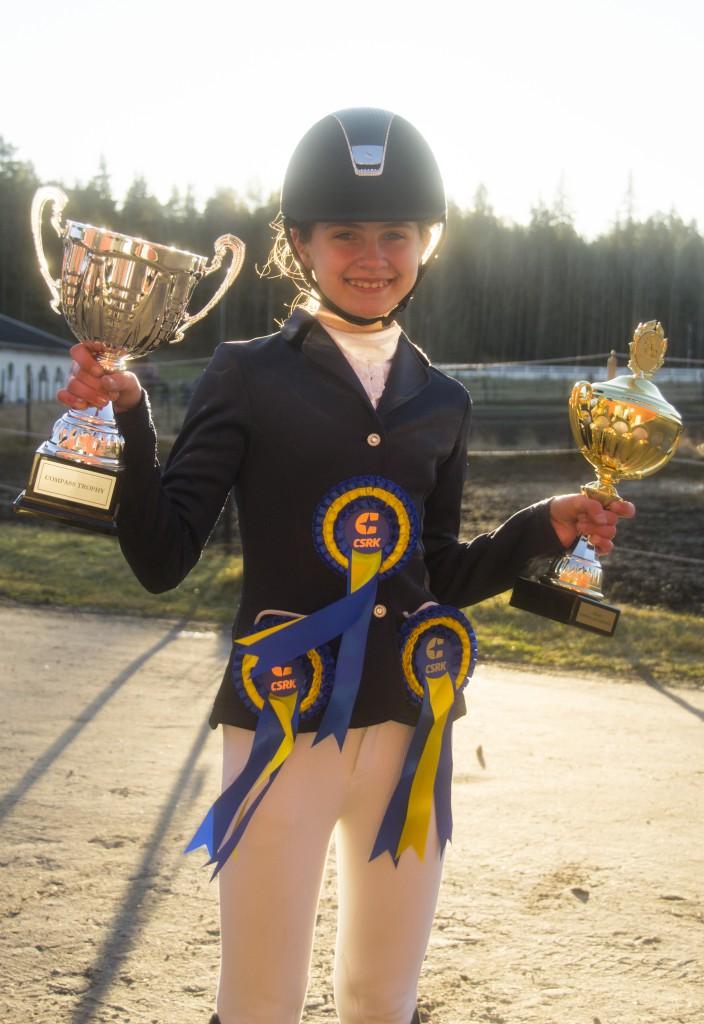 WIlma K totalsegrare CT & Klubbmästare i hoppning 2015